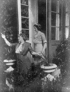 SLD-with-young-woman-in-garden