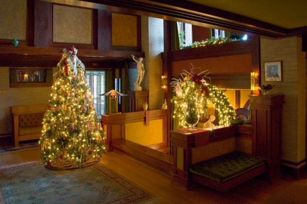 DTHse_Holiday_02_10x7_72